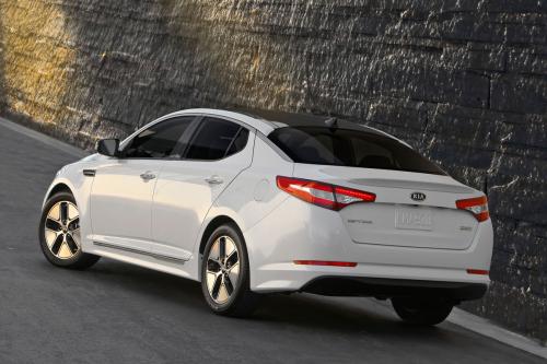 2011-Kia-Optima-Hybrid